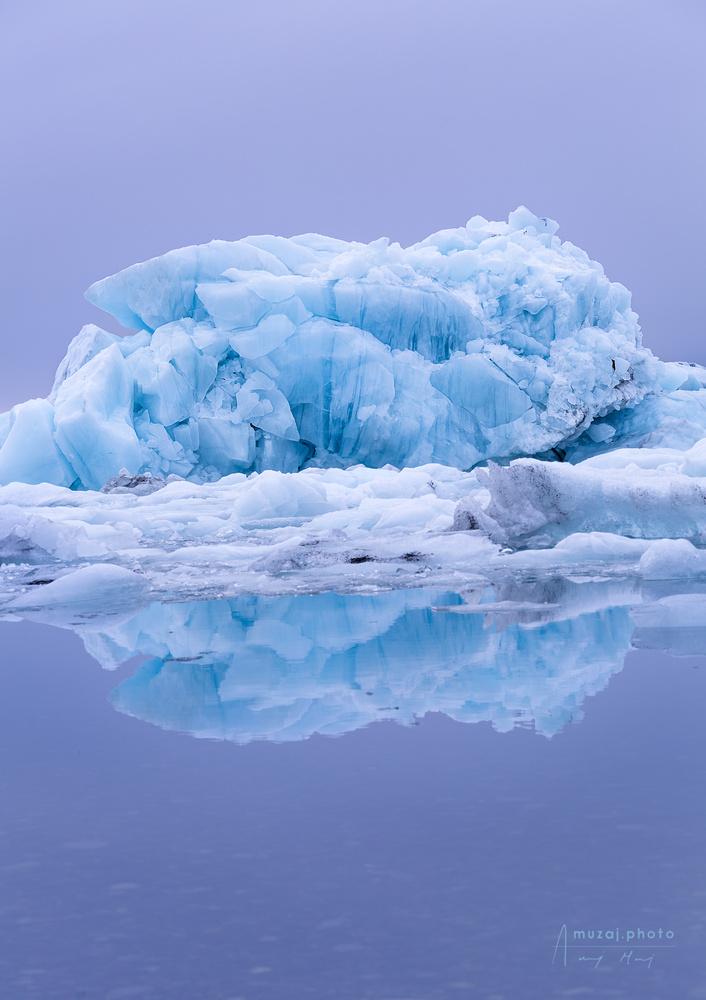 Blue Giant, Jökulsárlón by Andrzej Muzaj