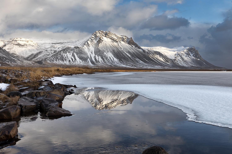 Winter reflection by Bragi Kort