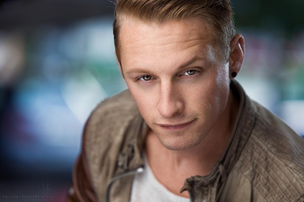 Erik by Linus Pettersson