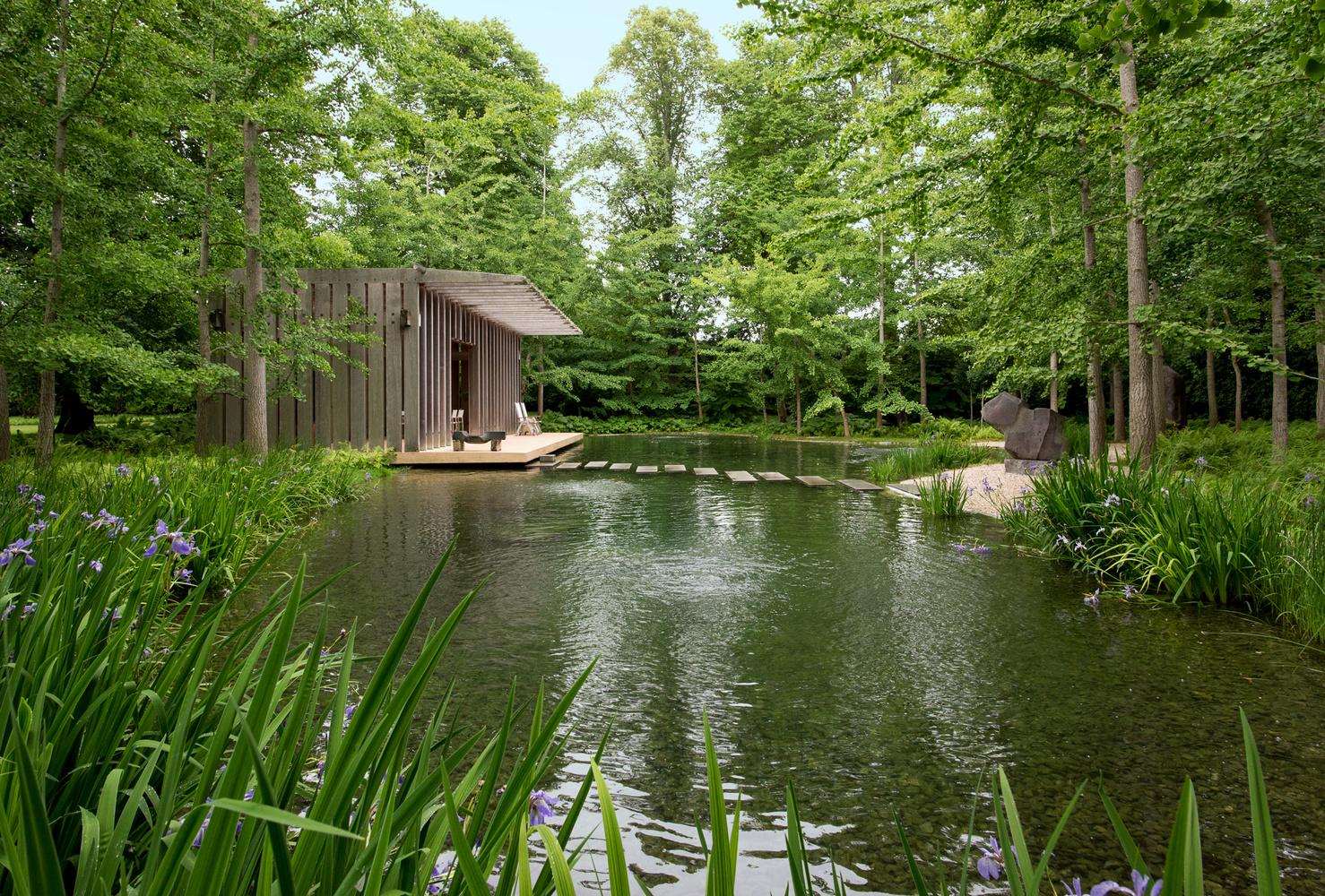Noguchi Garden Pavilion by Graham Hebel