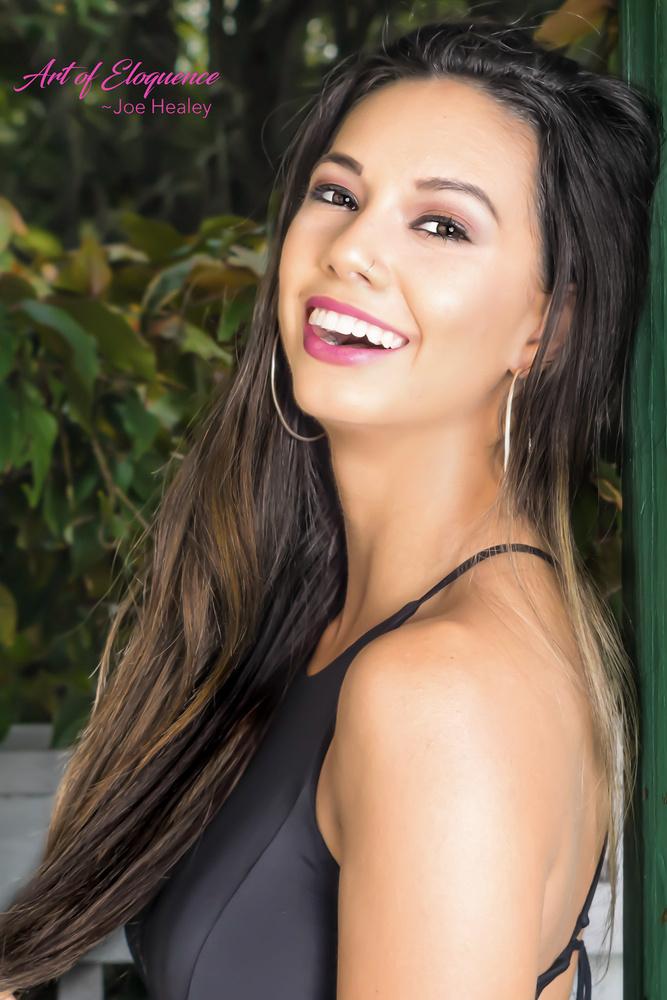 Miami Dolphin Cheerleader, Dancer and Fitness Model Vera Lucia by Joe Healey