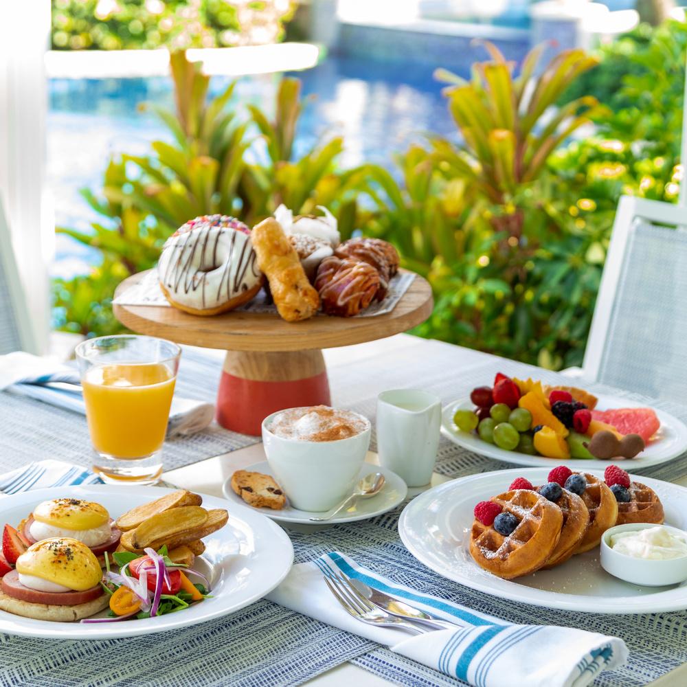 Breakfast by Edwin Rodriguez