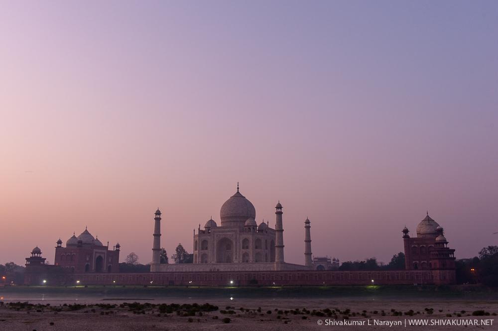 Taj Mahal, Agra by Shivakumar Lakshminarayana