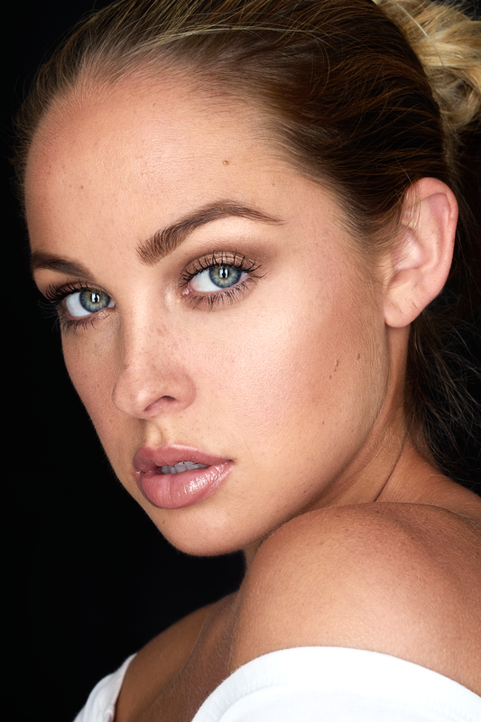 Kim W Beauty (Sony A7II) by Miguel Quiles