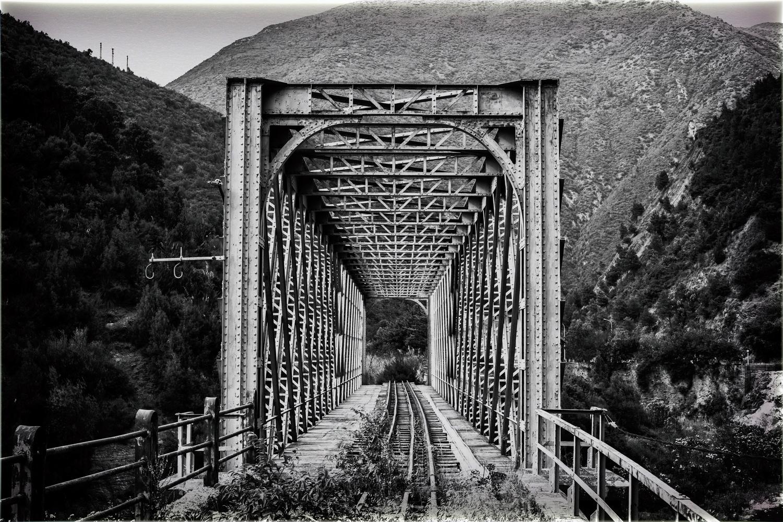 old train bredge by moncef santos