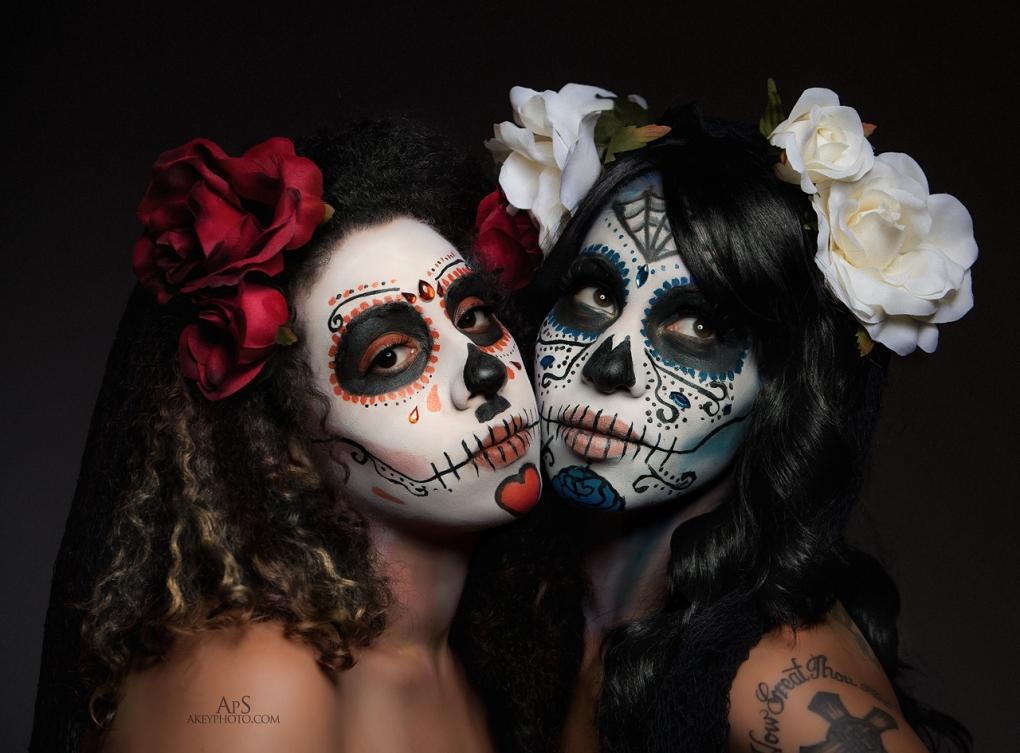 Dia de Los Muertes by Ray Akey