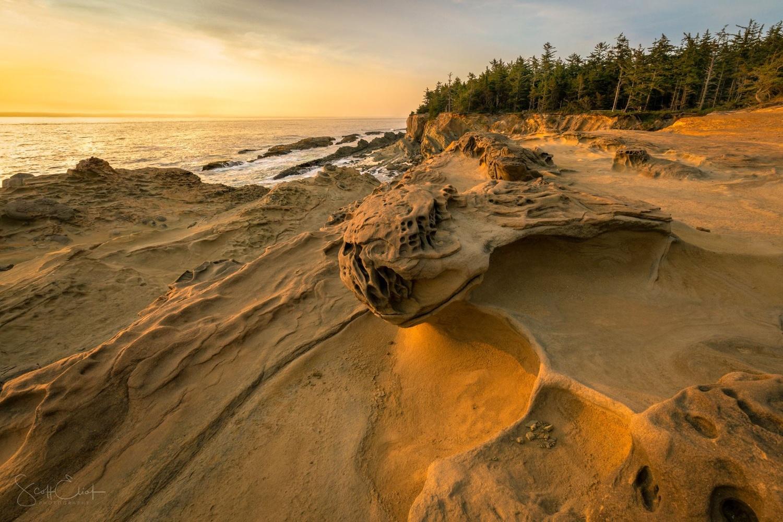 Dragon Sand by Scott Eliot