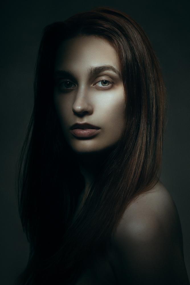 Aspectu Tristis by Emily Moore