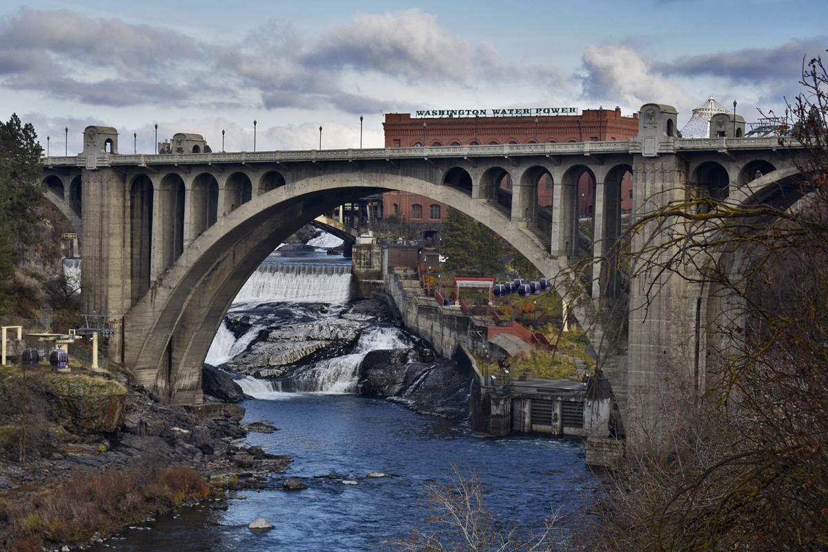 Monroe Street Bridge by Terry Oviatt