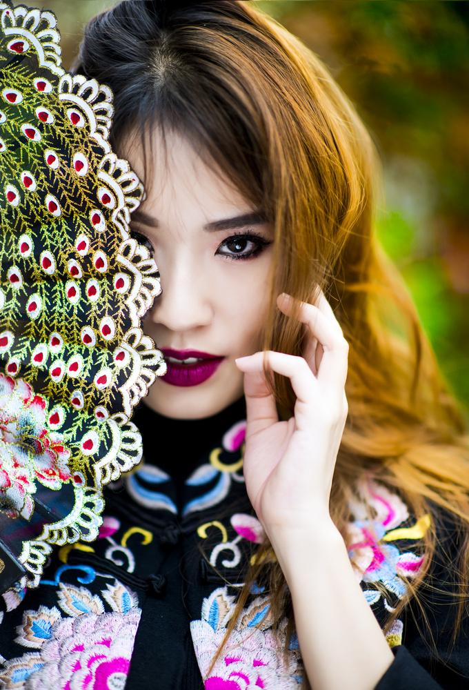 In Victoria's Eye by Cheng Yu Tan
