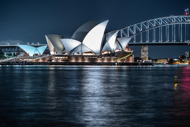 Sydney Opera House by Aaron Oliveri