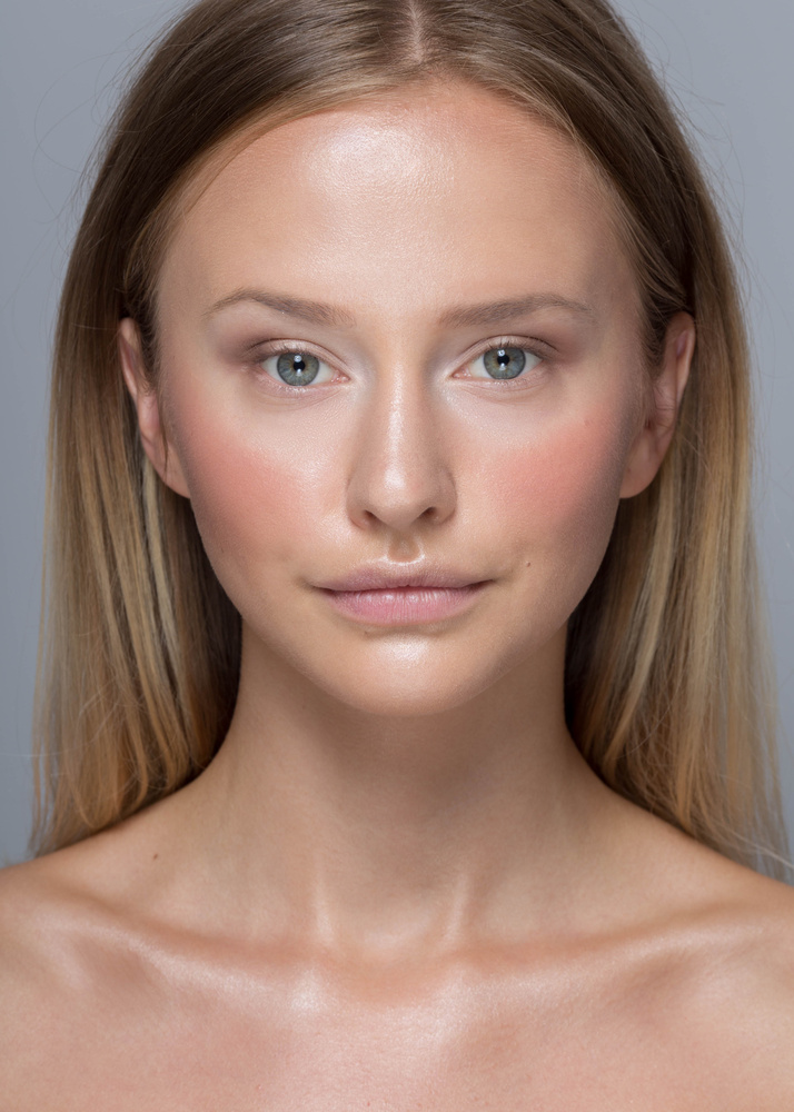 Makeup-No makeup by Adrianna Brzozowska