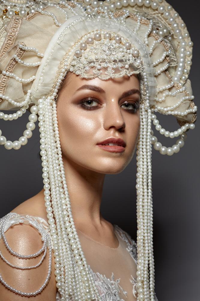 Pearl by Adrianna Brzozowska
