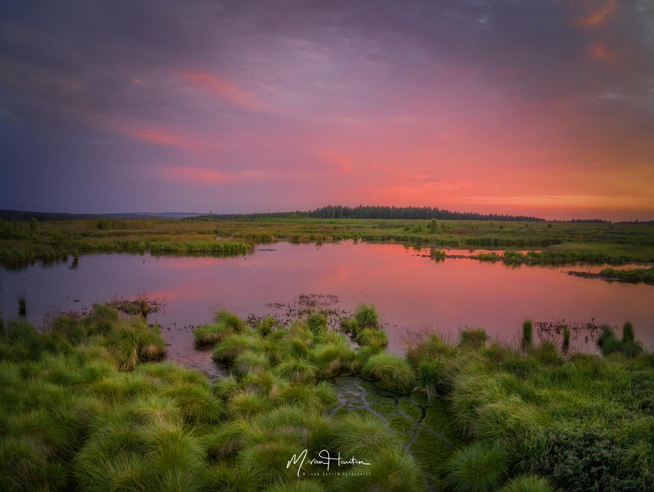 What a sunset by Markus van Hauten