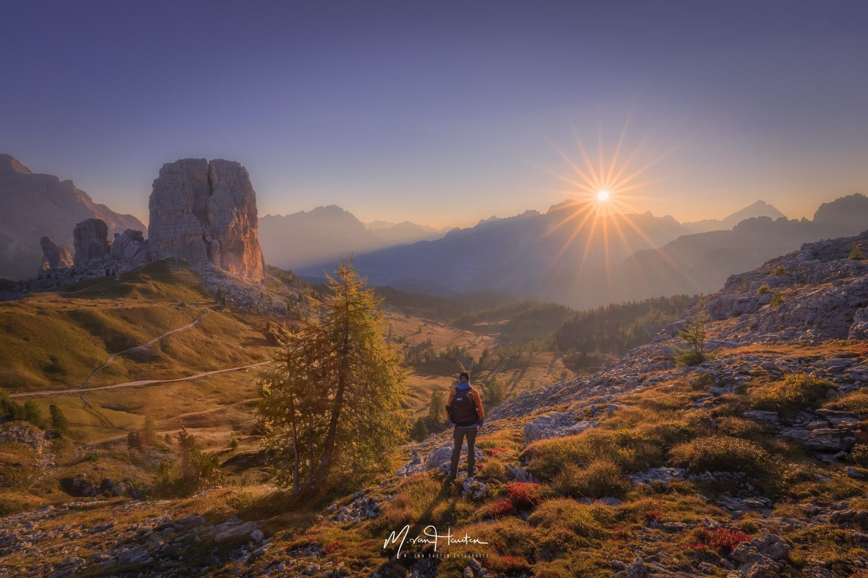 Autumn sunrise by Markus van Hauten