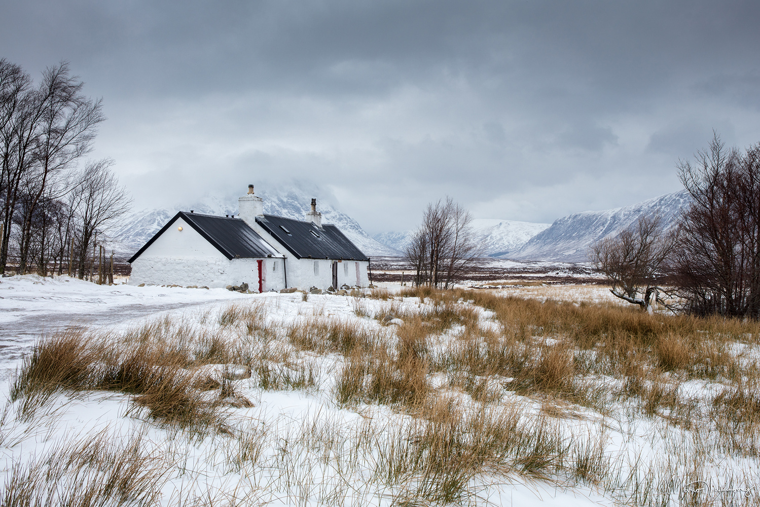 Black Cottage by Mario Valkenborg
