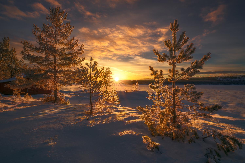 Golden Hour by Ole Henrik Skjelstad