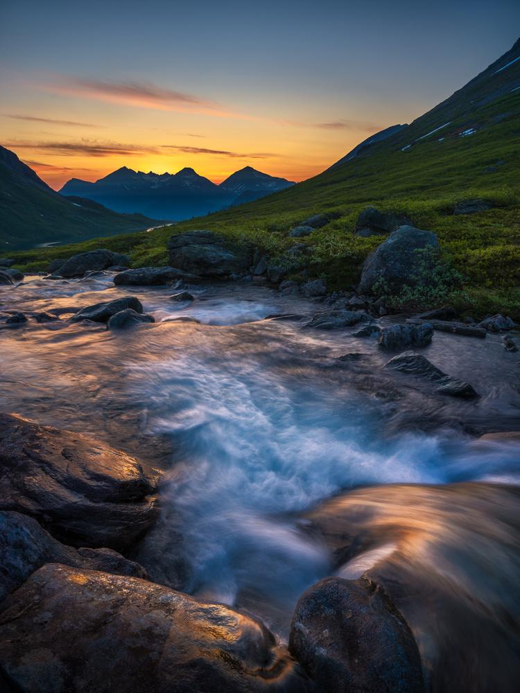 Warm Light by Ole Henrik Skjelstad