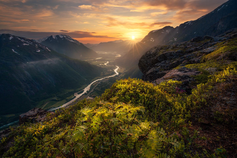 An Ocean of Light by Ole Henrik Skjelstad
