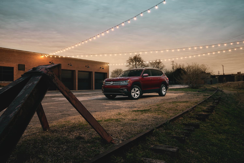 2018 Volkswagen Atlas by Dominic Mann