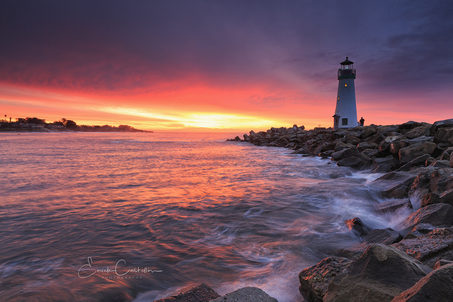 Walton Light House by Erick Castellon