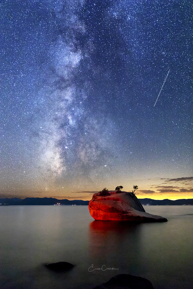 Bonsai Rock Milkyway by Erick Castellon