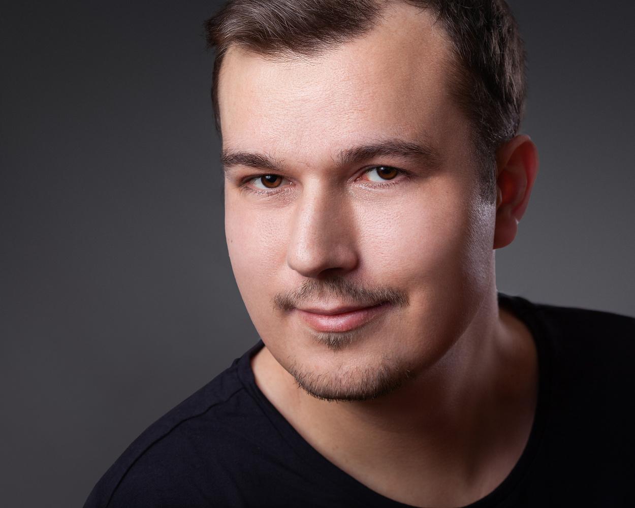 My own Headshot by Sebastian Schmidt