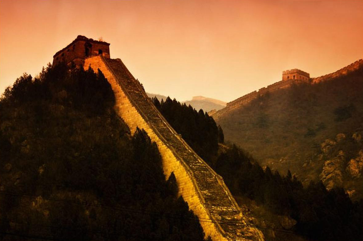 Huanghuacheng wall by Fred Preston