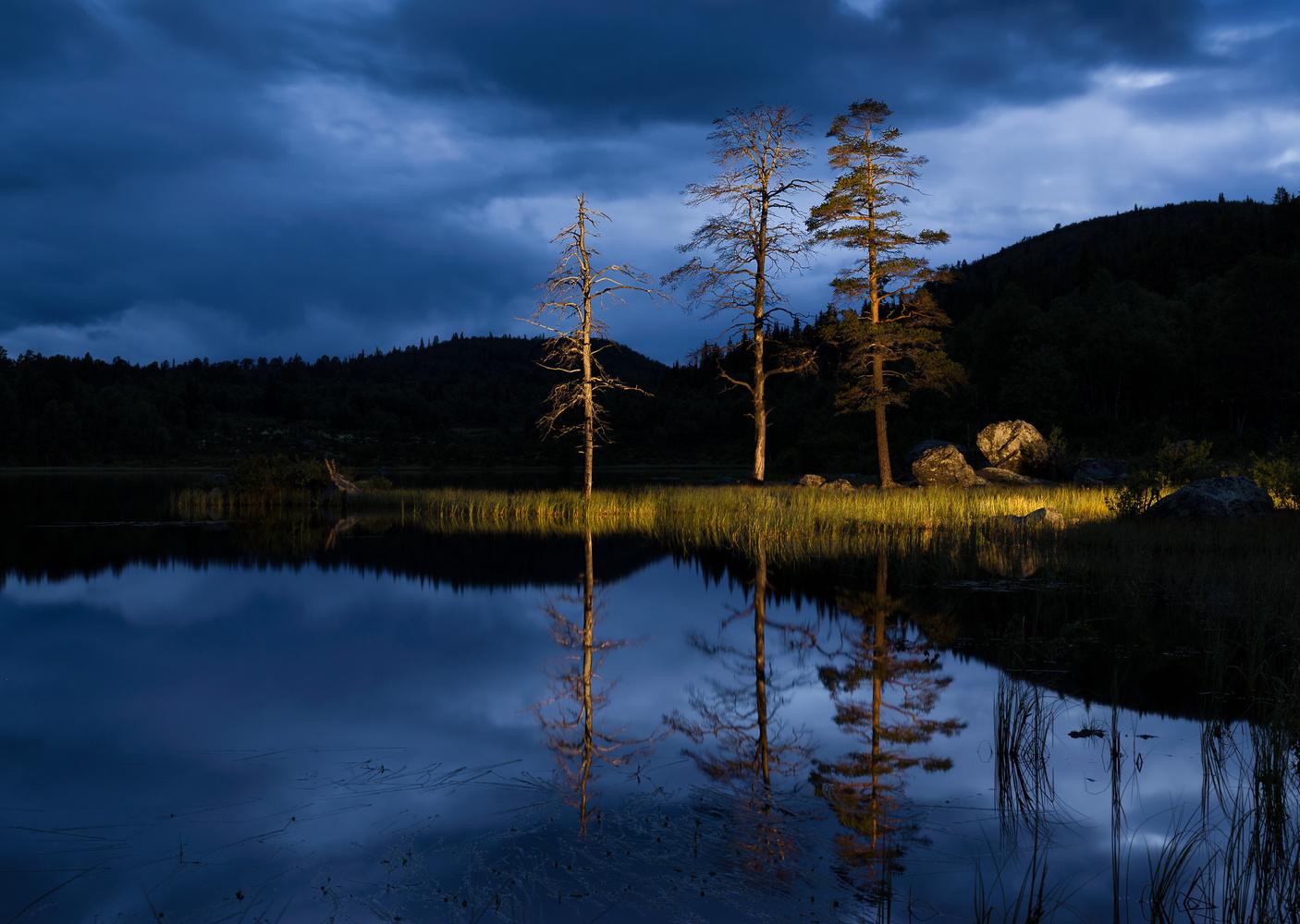 Bluehour by John Petter Hagen