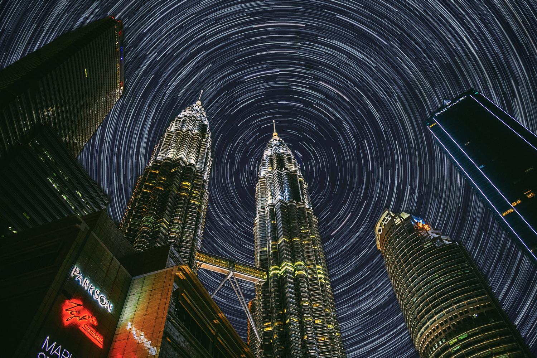 Petronas Tower by ARNAUD HUYGENS