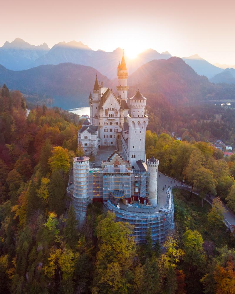 Schloss Neuschwanstein by Donald Yip
