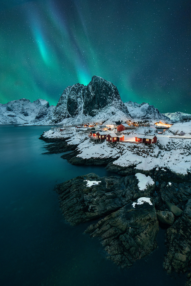 Hamnøy Aurora by Donald Yip