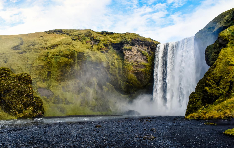Skógafoss Waterfall by Henrik Forsting