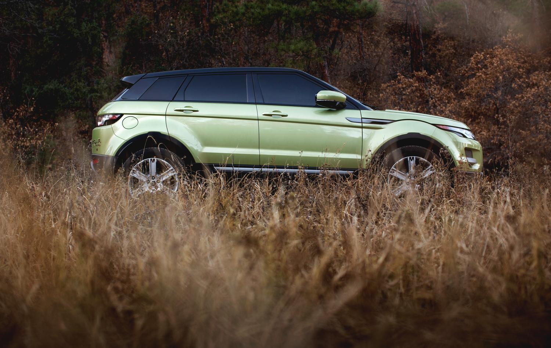 Range Rover Evoque by Derek Johnson