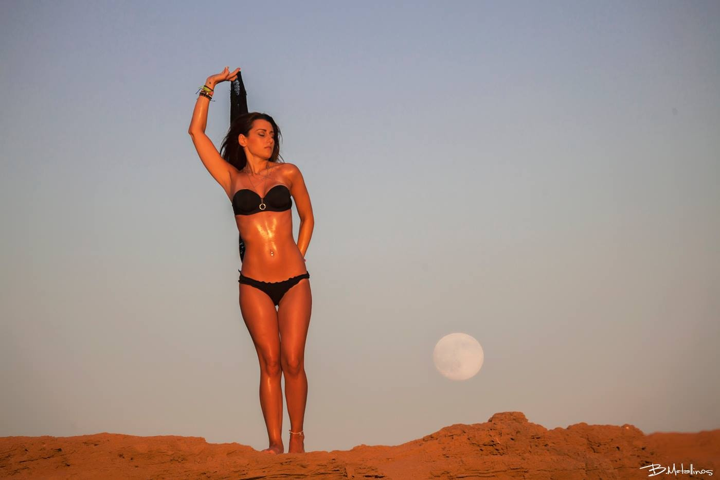 In love with full moon by Bill Metallinos