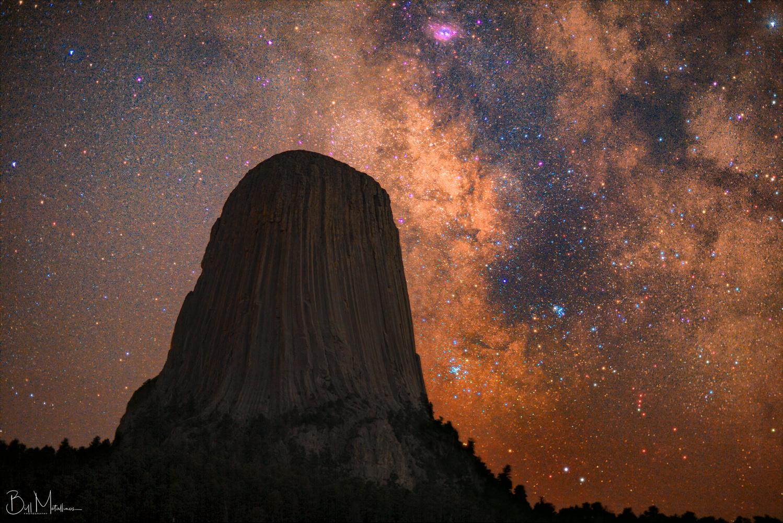 Milkyway above Devils Tower by Bill Metallinos