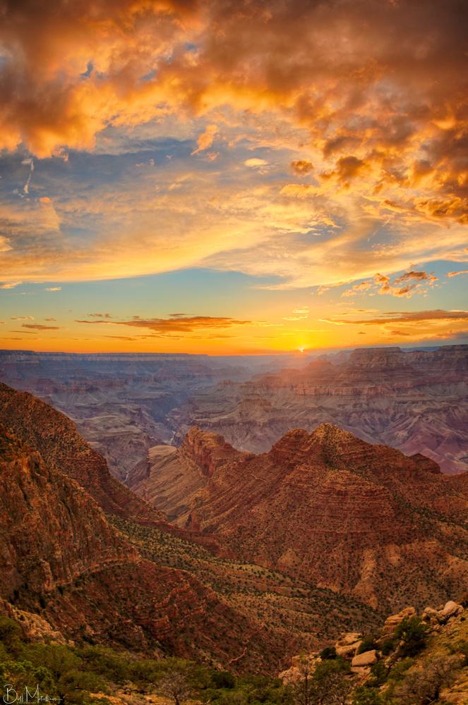 Sunset above Grand Canyon, Arizona by Bill Metallinos