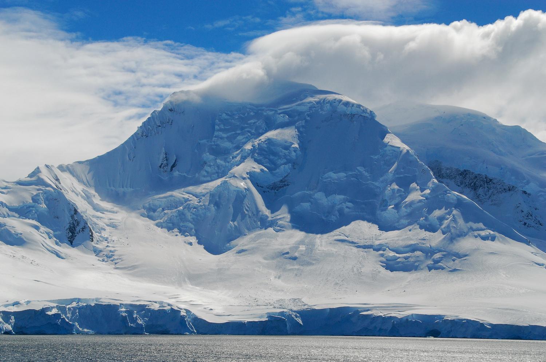 Antarctica by Gabor Szarvas