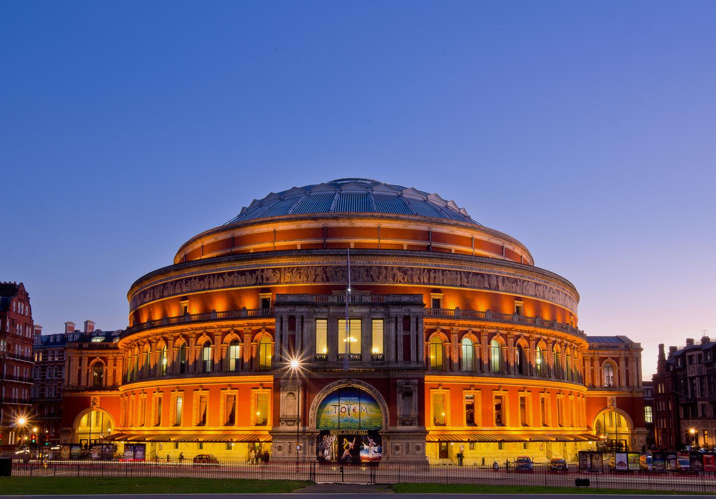Royal Albert Hall by Justin Howard