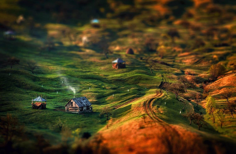 Sheperd's hut by Alex Robciuc
