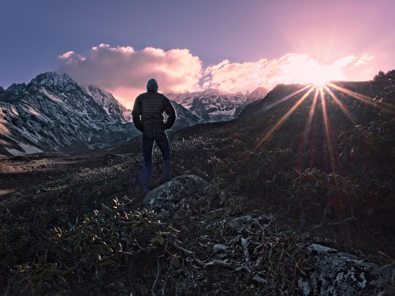 Himalayan Sunrise by Ira Jacob