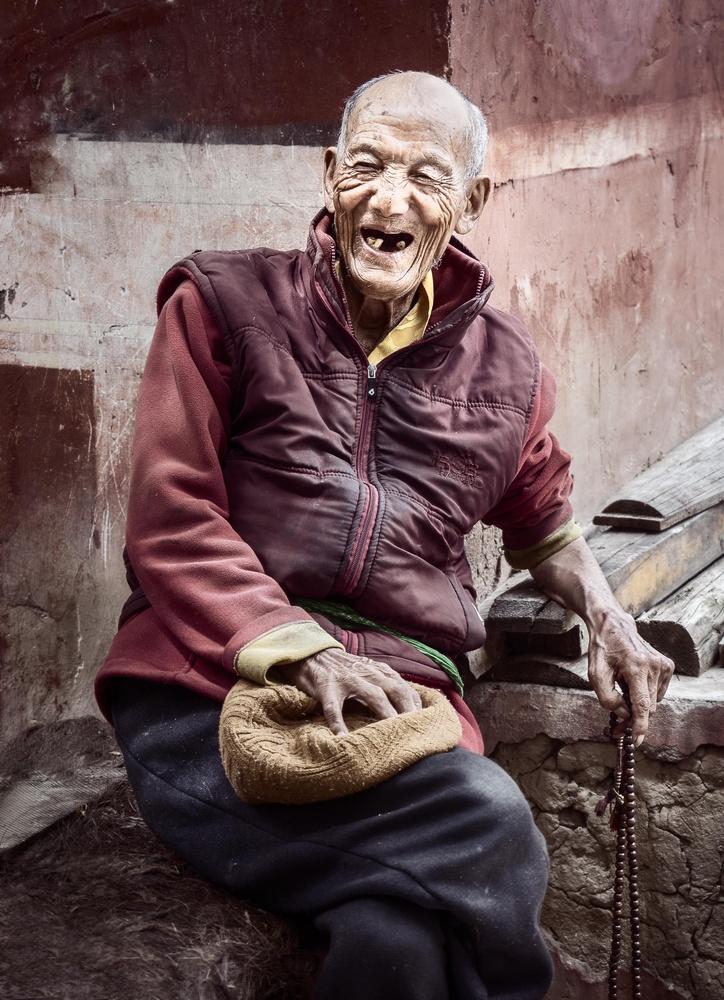 Living Buddha by Ira Jacob