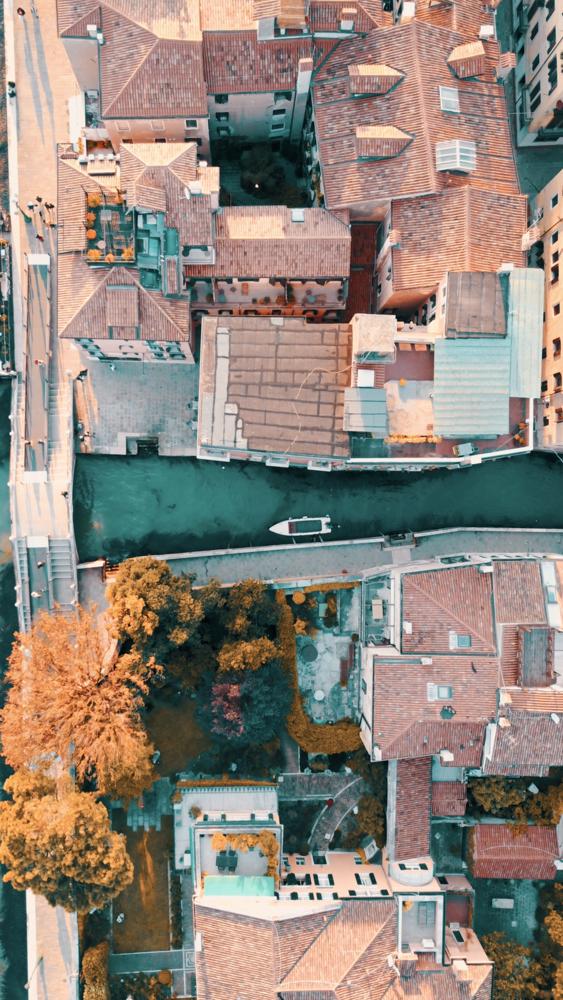 Venice cannal by Logan Armstrong
