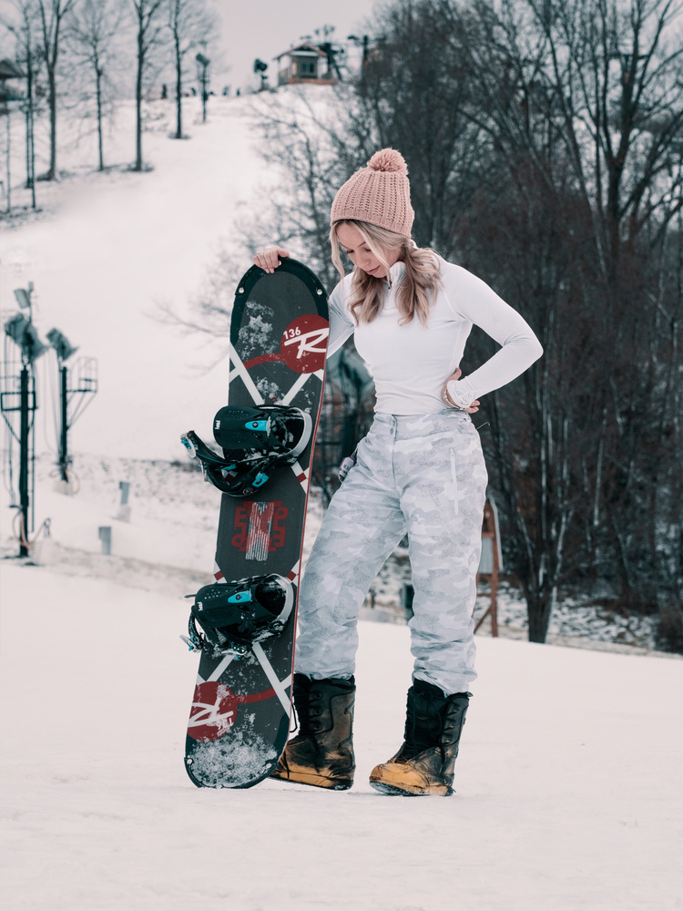 Portrait of Em on the slopes 🏂  by Logan Armstrong