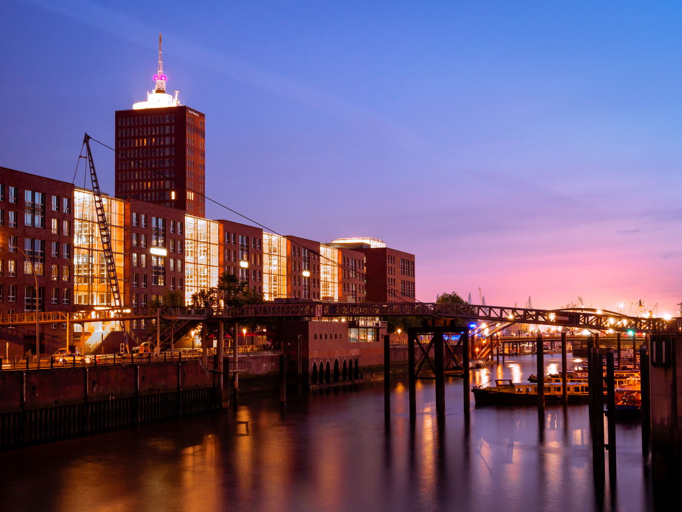 The Port at Night by QS Fotografie