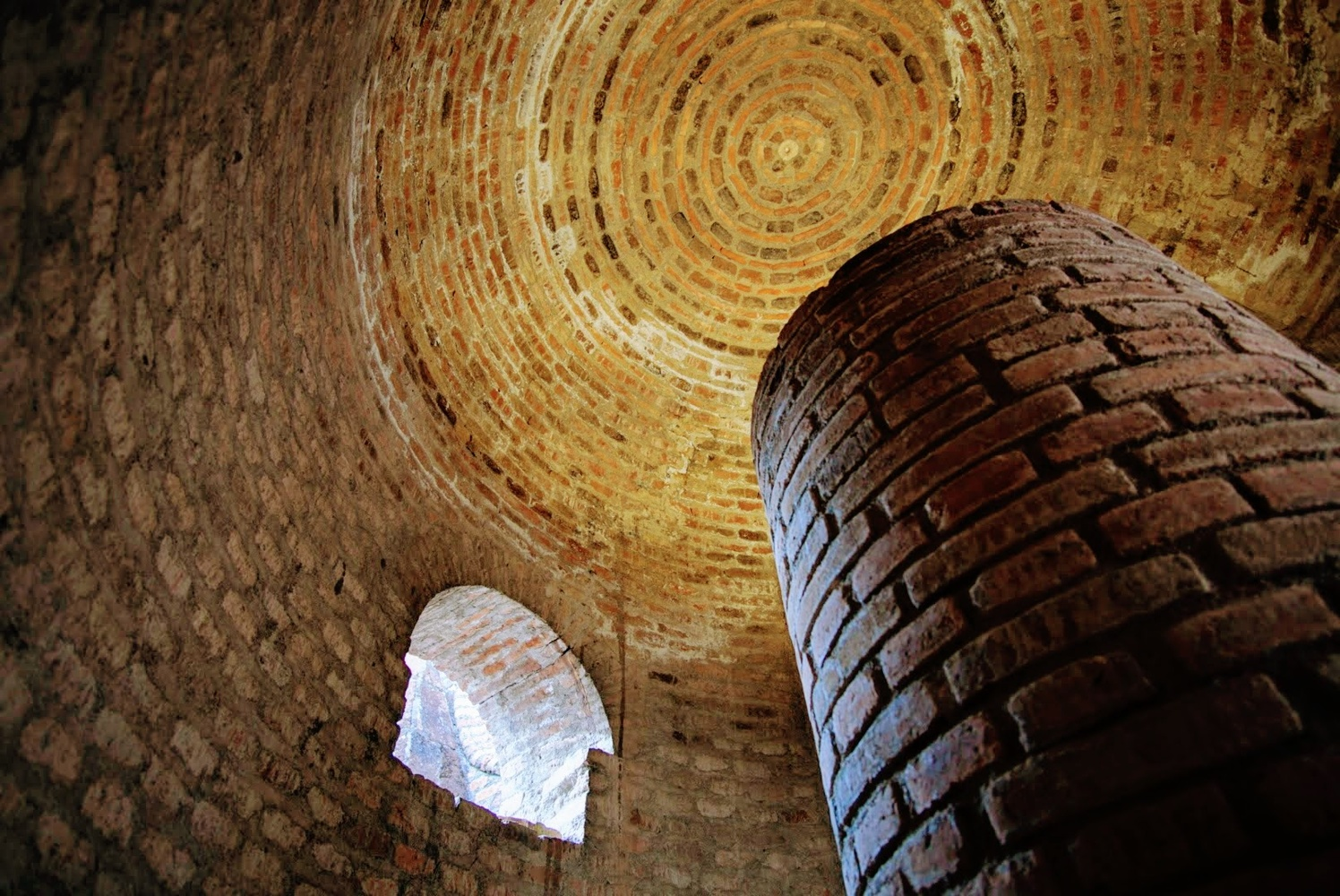 Castle Colonade by Foto Toad