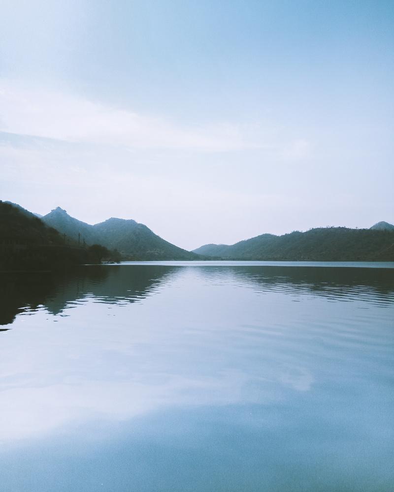 Lake Badi, Udaipur by Bhupendra Ranawat