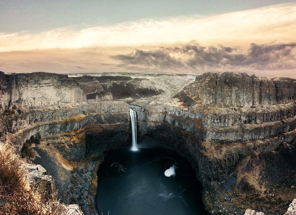 Palouse Falls at sunrise by Kyle Ford