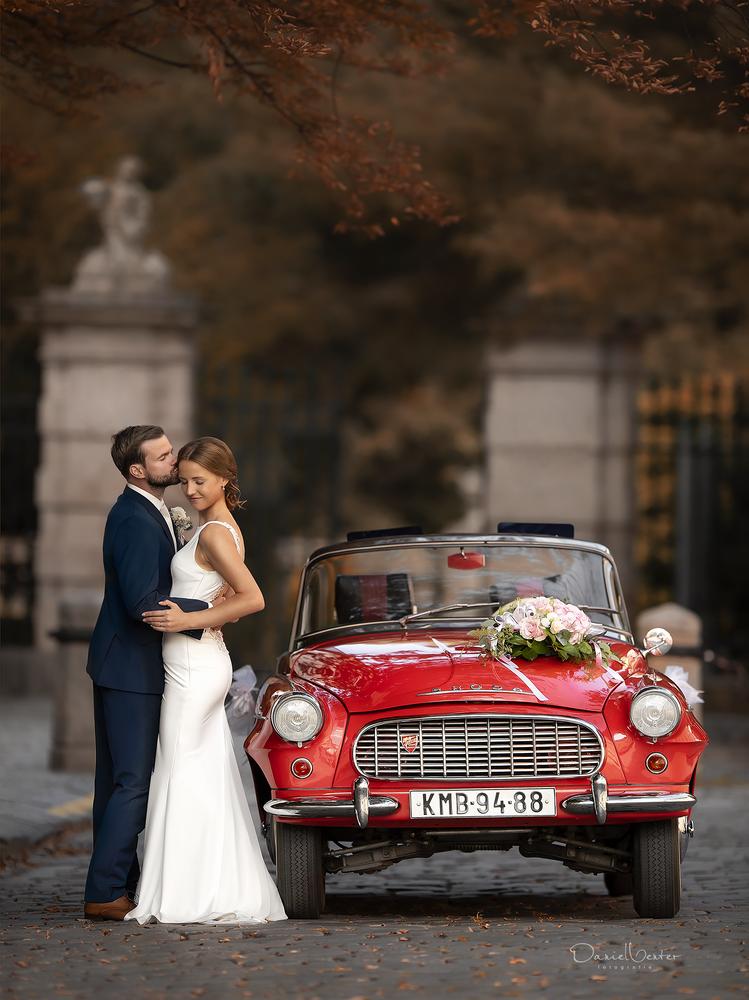 Retro Autumn Weddings by Daniel Venter