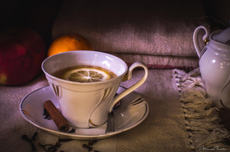 Tea time by Marius Radu